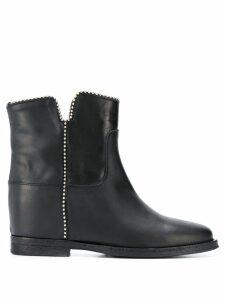 Via Roma 15 chain trim ankle boots - Black