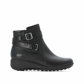 Ariane Leather Ankle Boots