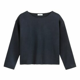 Cropped Plain Boxy Sweatshirt with Round Neck
