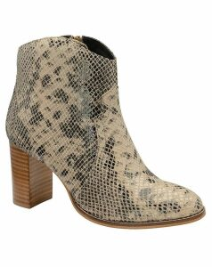 Ravel Foxton Leather Ankle Boots
