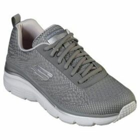 Skechers  Fashion Fit - Bold Boundaries 12719  women's Running Trainers in Grey
