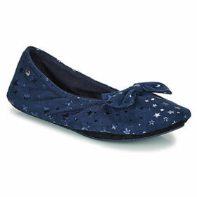 Isotoner  97221  women's Slippers in Blue