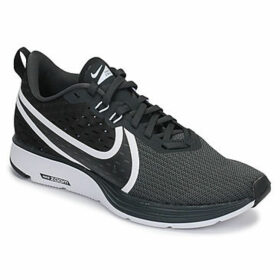 Nike  ZOOM STRIKE 2  women's Sports Trainers (Shoes) in Black