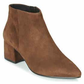 Vagabond  MYA  women's Low Boots in Brown