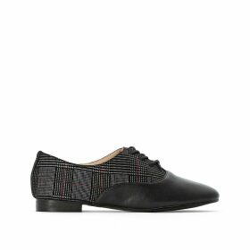 Lace-Up Checked Brogues