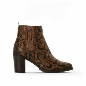 Sangria Leather High-Heeled Boots in Snakeskin Print