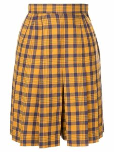 Christian Dior Pre-Owned Sports Check pleated shorts - Yellow