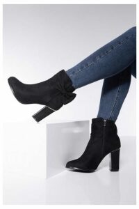 Quiz Black Side Bow Block Heel Ankle Boot