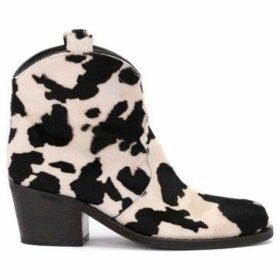 Via Roma 15  Tronchetto texano in vitellino stampato  women's Low Boots in Other