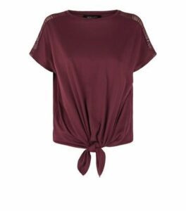 Burgundy Lace Trim Tie Front T-Shirt New Look