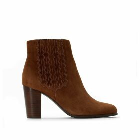 Suede Western Ankle Boots with High Heel and Stitching Detail