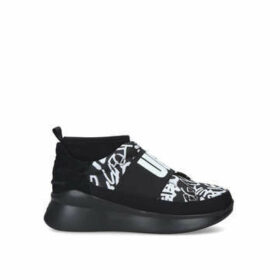 Ugg Neutra Sneaker Graffiti - Monochrome Branded Trainer With Chunky Sole