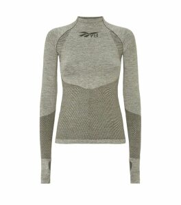 Seamless Long-Sleeved Top