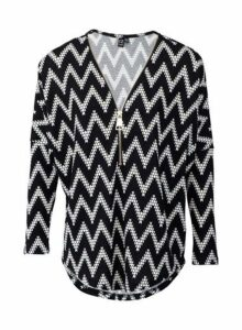Womens *Izabel London Black Zig Zag Print Tunic Top, Black