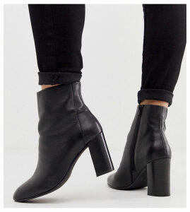 ASOS DESIGN Wide FIt Rescue leather block heel boots in black