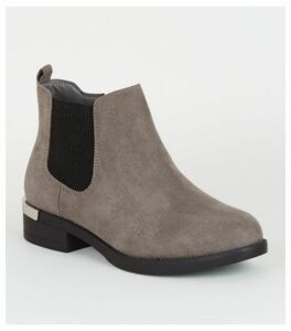 Wide Fit Grey Suedette Chelsea Boots New Look