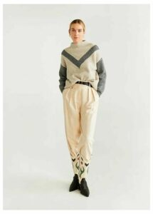 Bicolor knit sweater