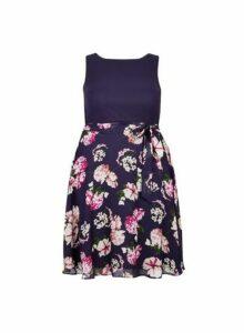 Womens ** Billie & Blossom Curve Navy Floral Print Midi Dress- Blue, Blue
