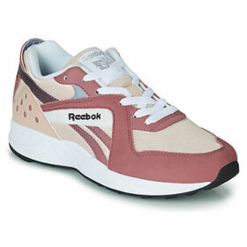 Reebok Classic  PYRO  women's Shoes (Trainers) in Red