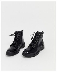 New Look chunky flat hiker boots in black