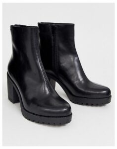 Vagabond Grace black leather chunky mid heeled ankle boots