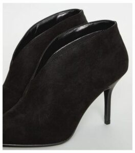 Black Suedette Pointed Stiletto Shoe Boots New Look