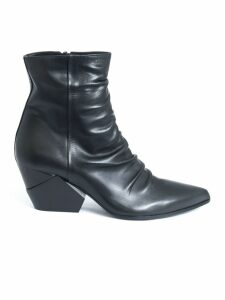 Elena Iachi Ankle Boots In Black Leather