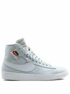 Nike Wmns Blazer Mid Rebel sneakers - White