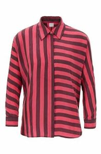 Relaxed-fit blouse with multi-directional stripe