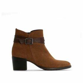 Paula Western Suede Boots with Block Heel and Buckle