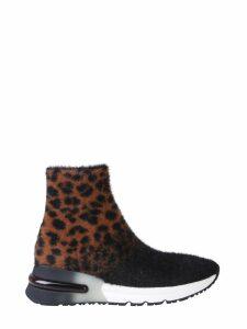 Ash King Sneaker