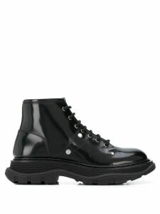 Alexander McQueen Tread lace-up boots - Black