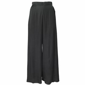 Me & Thee - Close But No Cigar Red Wine Velvet Top