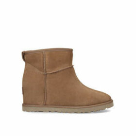 Ugg Classic Femme Mini - Brown Ankle Boots