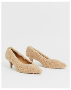 ASOS DESIGN Sensation kitten heel court shoes in teddy fleece