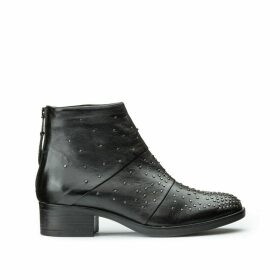 Marilu Leather Boots with Detail Nails