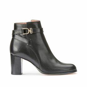 Akilin Leather Ankle Boots