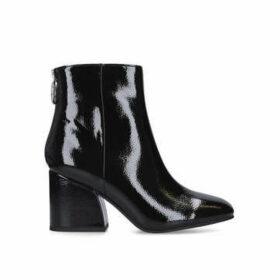 Steve Madden Roxter - Black Patent Ankle Boot