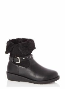 Womens *Quiz Black Fur Lined Studded Ankle Boots, Black