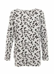 Womens *Quiz Grey Leopard Print Long Sleeve Top, Grey