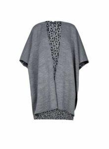 Womens Grey Leopard Print Cape, Grey