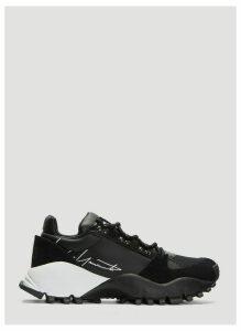 Y-3 Kyoi Trail Sneakers in Black size UK - 06