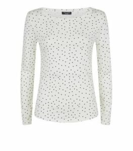 Petite White Spot Long Sleeve T-Shirt New Look