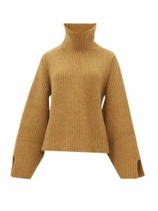 Khaite - Molly Roll Neck Cashmere Sweater - Womens - Beige