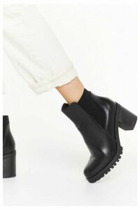 Womens Textured Gusset Heeled Faux Chelsea Boot - Black - 8, Black