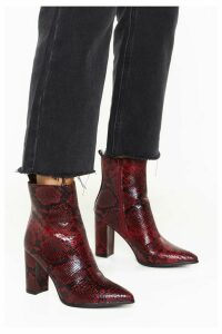 Womens Snake Way Faux Leather Heeled Boots - Red - 7, Red
