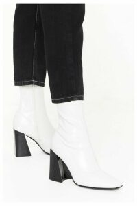 Womens Truth Or Flare Heel Sock Boots - White - 8, White