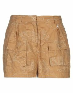 PATRIZIA PEPE TROUSERS Shorts Women on YOOX.COM