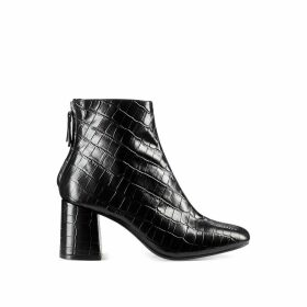 Epoc/Croc Heeled Leather Boots