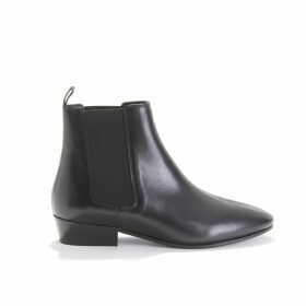 Smooth Leather Boots with Small Heel